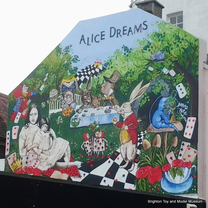 Category alice in wonderland in brighton the brighton for Alice in wonderland mural