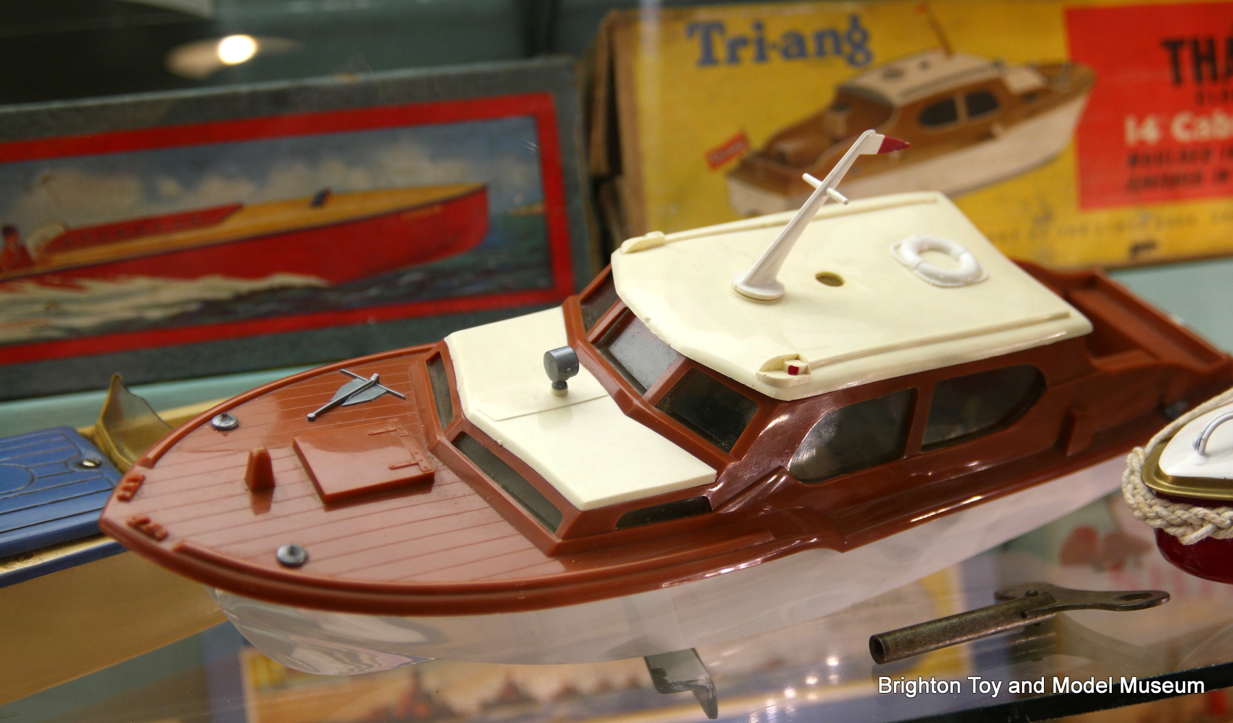 Thames Clockwork 14 Quot Cabin Cruiser Tri Ang 413 S The