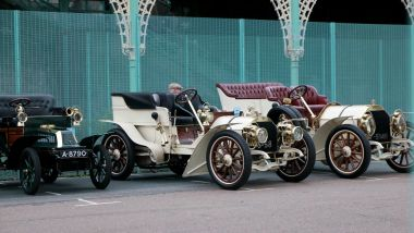 A 1904 De Dion-Bouton, and two 1903 Mercedes, RAC Veteran Car Rally 2016