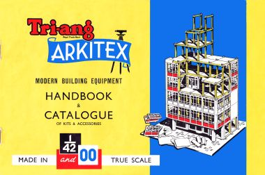 1961: Tri-ang Arkitex, Modern Building Equipment, Handbook and Catalogue of Kits and Accessories, 1/42 and 00. This early catalogue only list the first two sets (in both scales) – 1 and 2, and A and B.