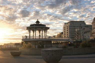 2016: Embassy Court and Western Bandstand at sunset