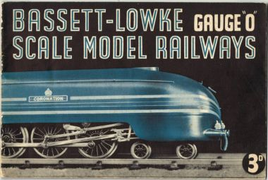 Contemporary Bassett-Lowke catalogue from around 1937/38. The same image was re-colorised to red and yellow for the version of the catalogue released in 1939
