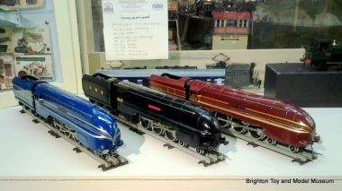 Coronation Class locomotives 6220, 6229 and 6247 by ACE Trains, demonstrating the blue, red and wartime black liveries