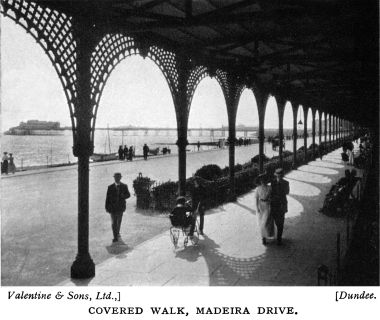 1933: view Westward with Palace Pier