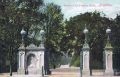 Entrance to Preston Park, postcard.jpg