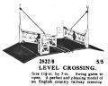 Level Crossing, Märklin 2822-0 (MarklinCRH ~1925).jpg