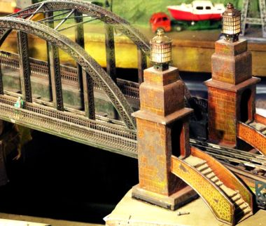 Marklin tinplate bridge, circa 1920