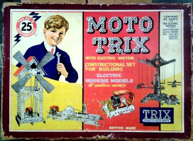 "Box for a ""MotoTrix"" motorised construction set"