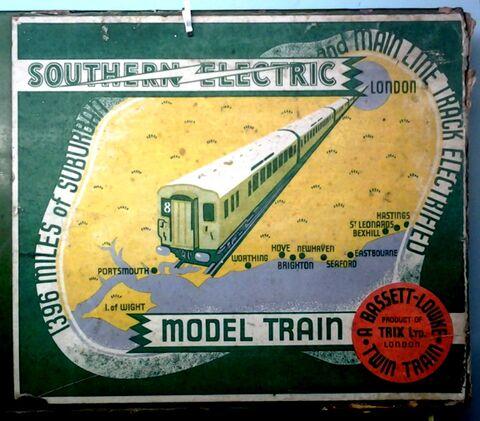 threecoach southern electric train set green trix twin