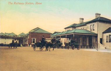 Hove Station, with horsedrawn vehicles