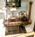Twin Cylinder Overtype Steam Engine (Doll et Cie).jpg