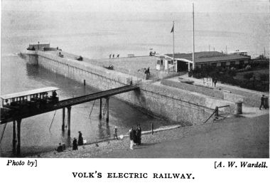 1933: Banjo Groyne and the VER sheds